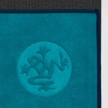 manduka_equa_yoga_mat_towel_harbour_3